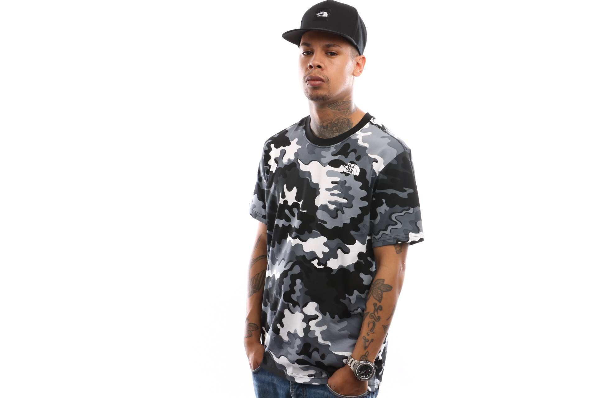 Afbeelding van The North Face M S/S Red Box Tee T92Tx29Ve T Shirt Tnf Black Psychedlic Prnt