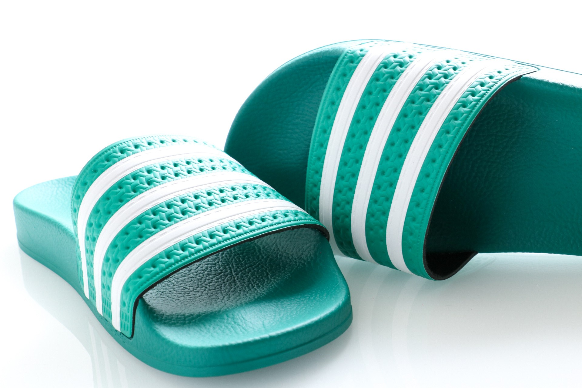 Afbeelding van Adidas Slipper Adilette glory green/ftwr white/glory green EF5431