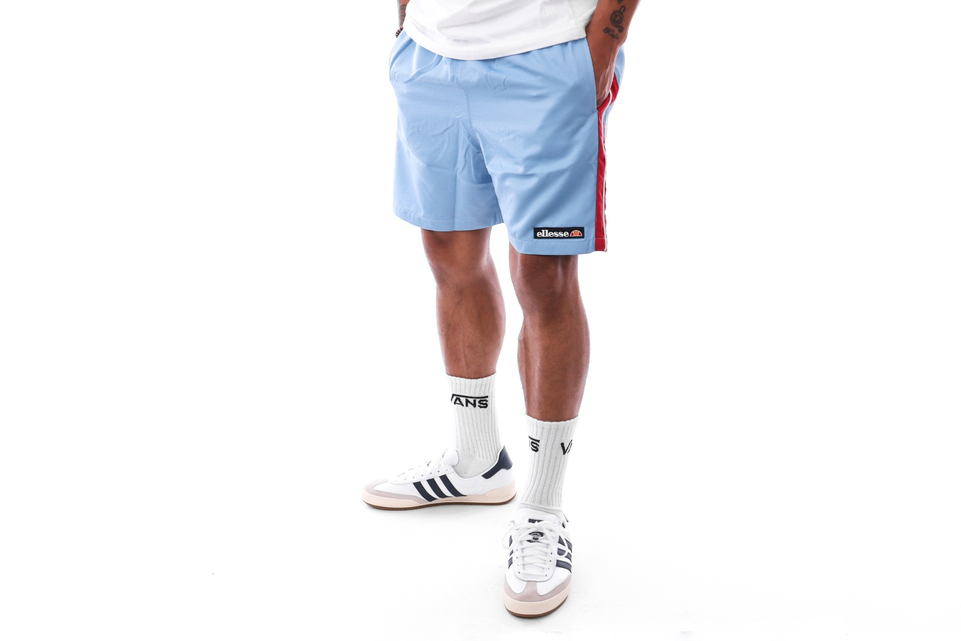 Foto van Ellesse Apiro Sha06413 Short Light Blue