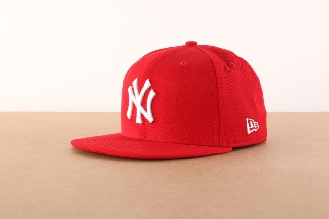 Foto van New Era Fitted Cap New York Yankees MLB basic NY Yankees 10011573
