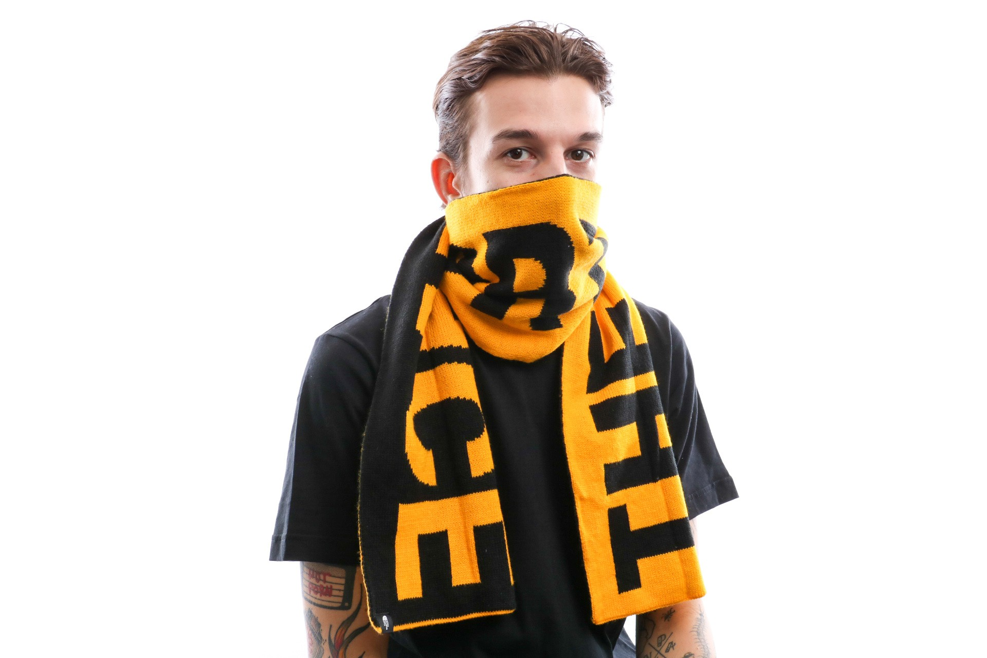 Foto van The North Face Logo Scarf T93Fl6Lr0 Sjaal Tnf Yellow/Tnf Black